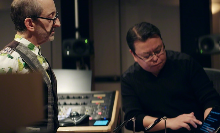 Mark Wilder et Kenichi Matsumoto collaborant sur la qualité audio du Xperia